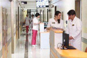 Сотрудники поликлиники №5 приостановят оказание ряда медицинских услуг. Фото: сайт мэра Москвы