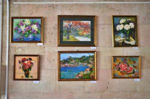 Картины из вышивки представят в библиотеке Тургенева. Фото: Анна Быкова