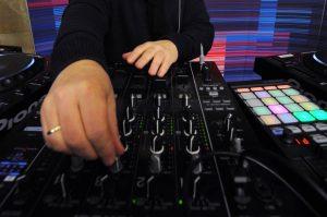Электронная музыка прозвучит в библиотеке имени Ивана Тургенева. Фото: Александр Кожохин, «Вечерняя Москва»